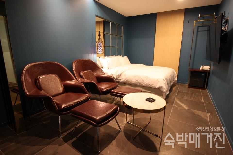디자인 가구가 특별함을 더하고 있는 호텔 이안