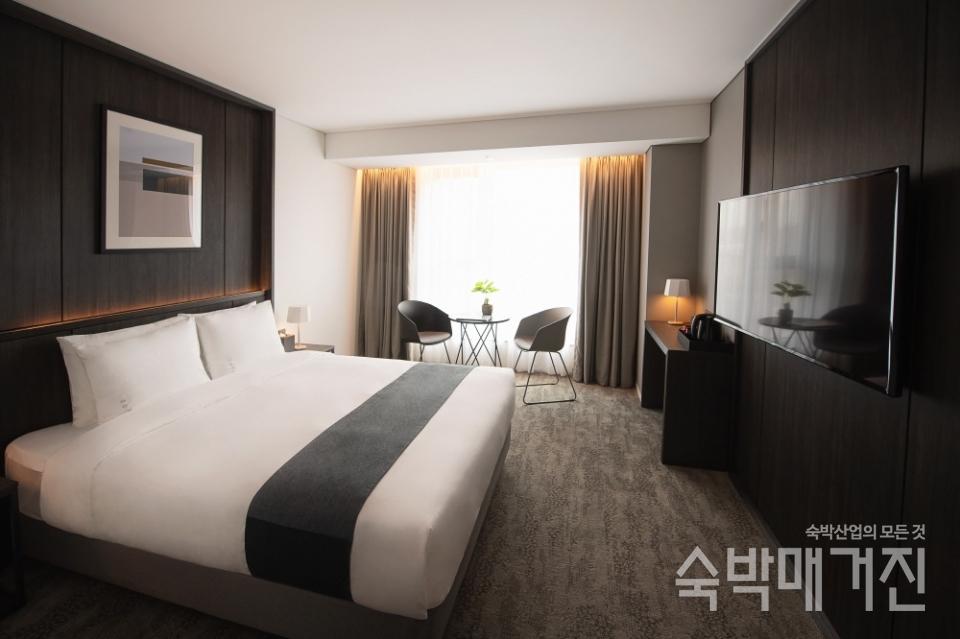 ▲ 4성급 호텔의 전형적인 깔끔하고 고급스러운 객실