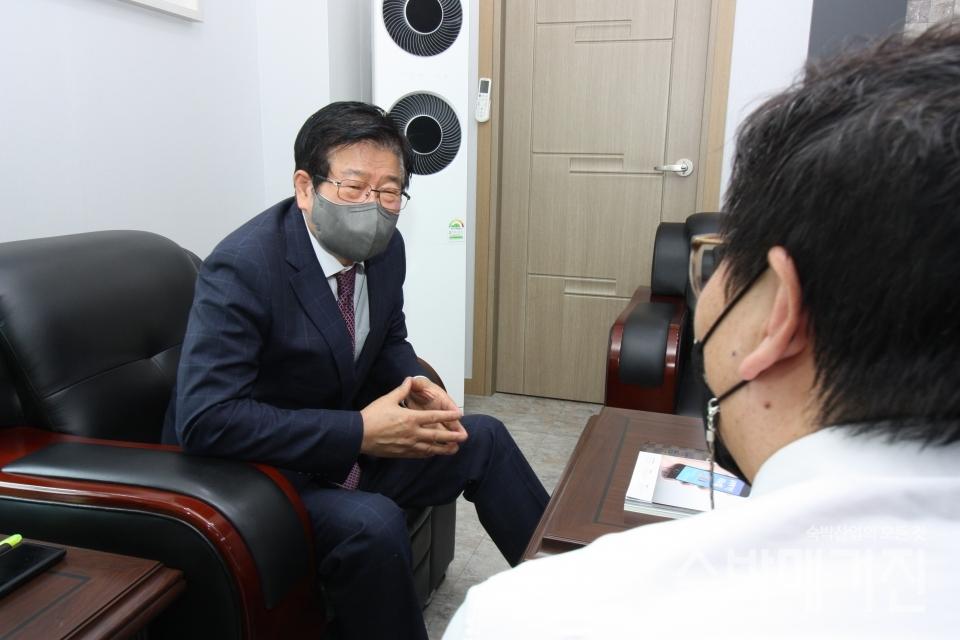 ▲ 정경재 중앙회장은 임기 중 숙원사업 해결에 집중하겠다고 밝혔다.