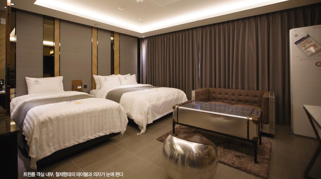 http://www.sukbakmagazine.com/news/photo/202109/53196_406280_389.jpg